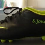 Jonas Druck individuelle Veredelung eines Schuhs.