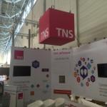 Jonas Druck Objektbeschriftung, Deckenwerbung und vieles mehr für den Messeauftritt von TNS.