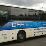 Jonas Druck Fahrzeugbeschriftung eines Busses.
